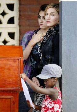 Madonna_malawi