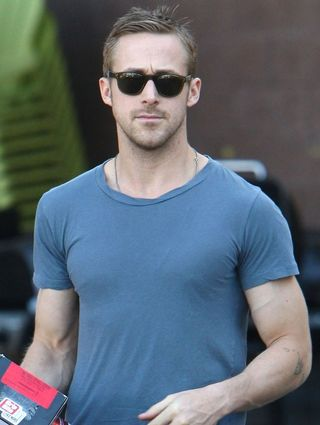 Ryan-gosling-home-depot-05
