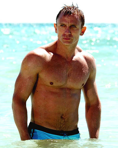 Daniel_craig_shirtless_2