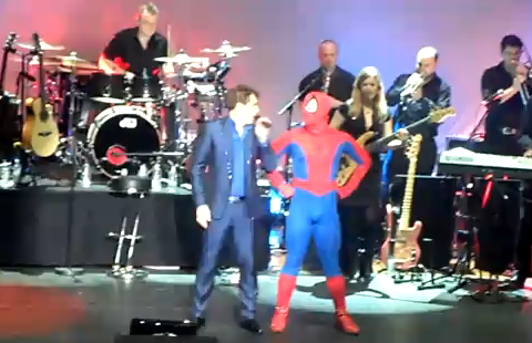 ... here's video of gay Torchwood star John Barrowman singing the Spider-Man ...