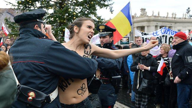 Femen1