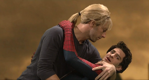 SNL Caps 'Spider-Man' Skit with 'Weird' Gay Kiss Between ... Andrew Garfield Gay