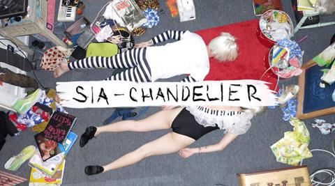 Chandelier_sia