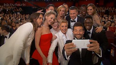 Oscargroup_selfie