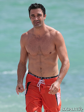 Gilles-marini-shirtless-09292014-14-435x580