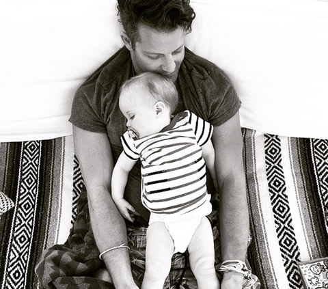 nate berkus and jeremiah brent welcome baby girl photos gay news towleroad. Black Bedroom Furniture Sets. Home Design Ideas