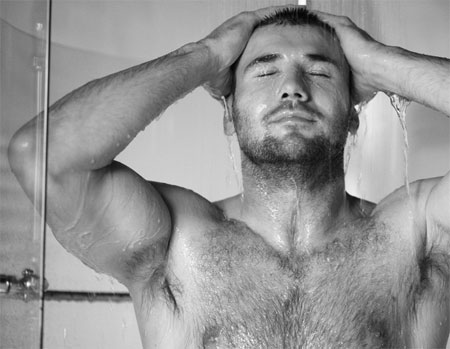 http://towleroad.typepad.com/photos/uncategorized/2007/11/07/bencohen.jpg
